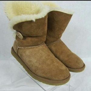 Ugg Baily Button Boots Tan Suede Size 6 Shearling